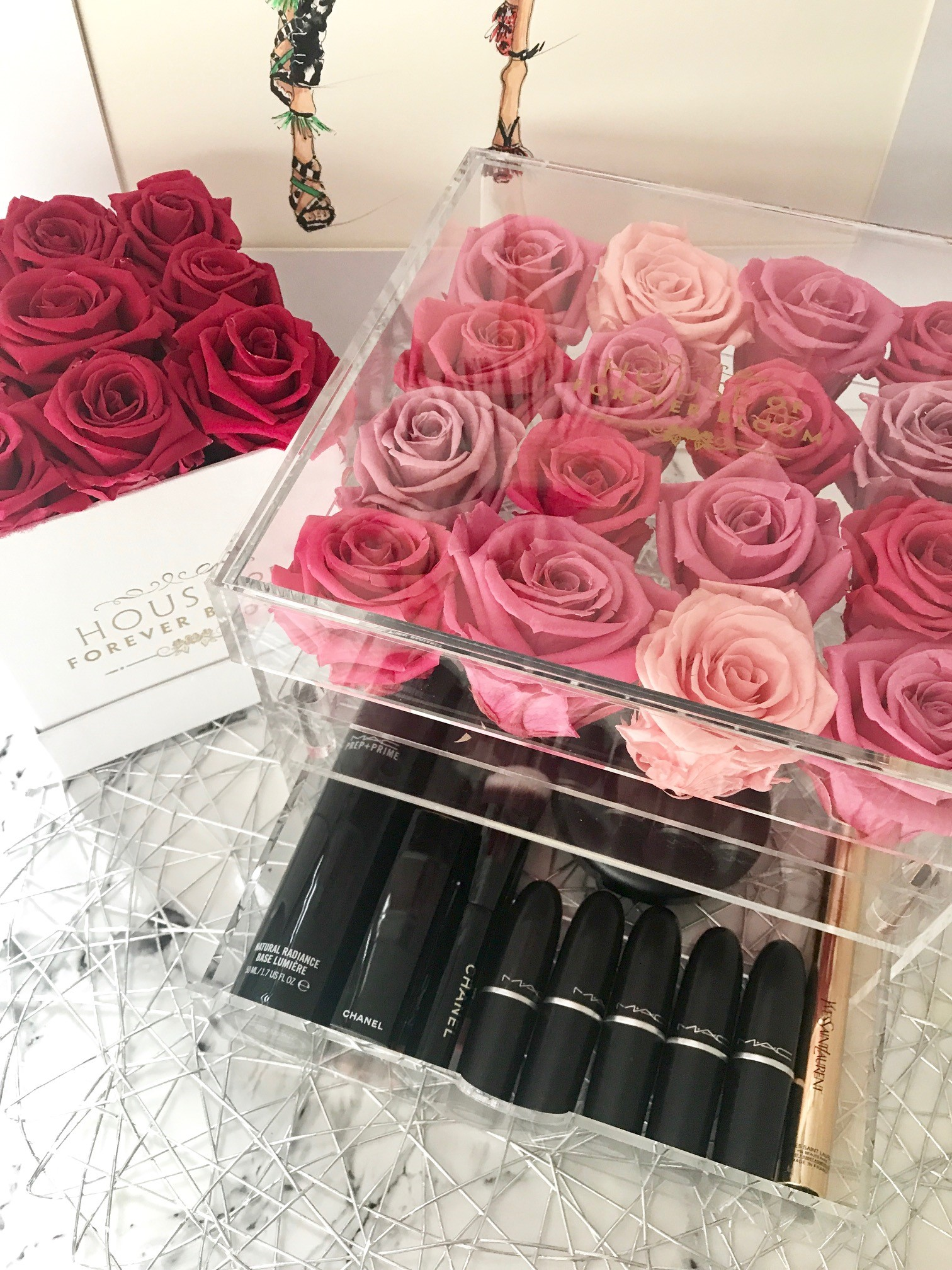 rose queen makeup box house of forever bloom. Black Bedroom Furniture Sets. Home Design Ideas